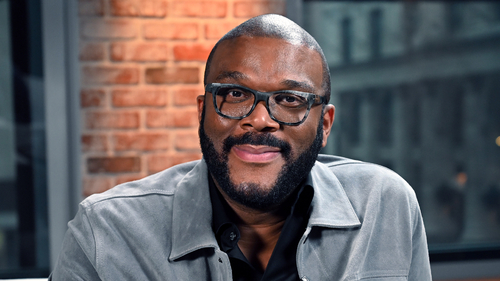 TYLER PERRY: MAN OF MANY FACES (1)