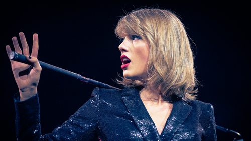 THE REAL TAYLOR SWIFT: WILD DREAMS (1)